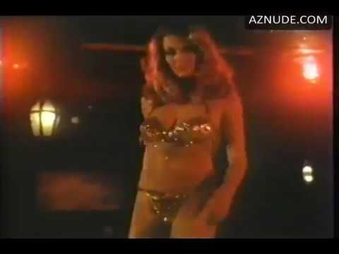 Vanna White sexy dance