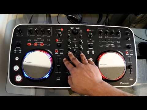 Pioneer DDJ-ERGO USB Digital DJ Controller Review Video