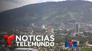 La violencia en El Salvador golpea también la economía | Noticiero | Noticias Telemundo