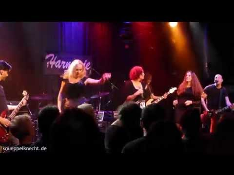 The Sirens - Treat Me Like A Lady live in Bonn