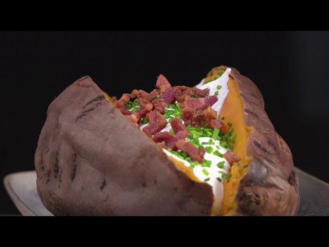Bagt Sødkartoffel med færdigstegt bacon