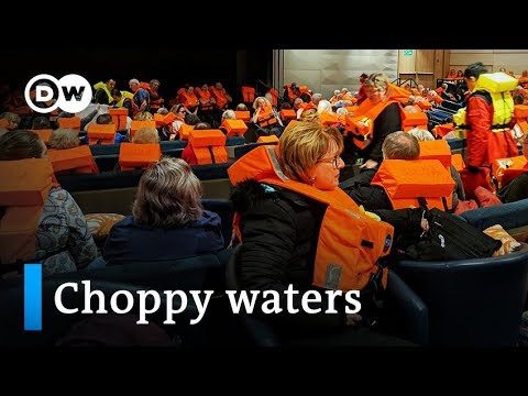 Norway cruise ship passengers tossed about on stormy seas  | DW News
