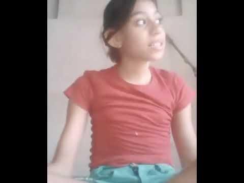A menina que faz ginástica