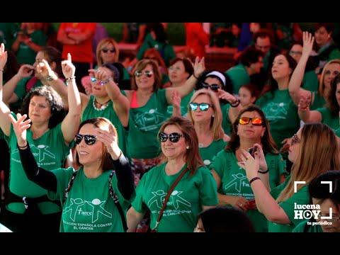 """VÍDEO: La """"marcha verde"""" reune a cientos de personas para apoyar la investigación contra el cáncer"""