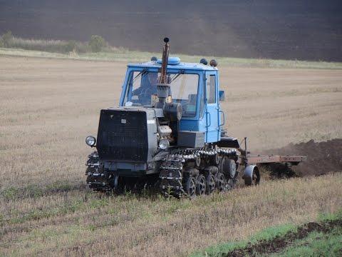 HTZ T-150 plowing /// Трактор T-150 с плугом