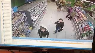 В Уфе две девушки совершили кражу детских смесей из супермаркета