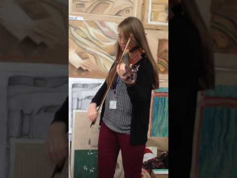 Violin performance in art class