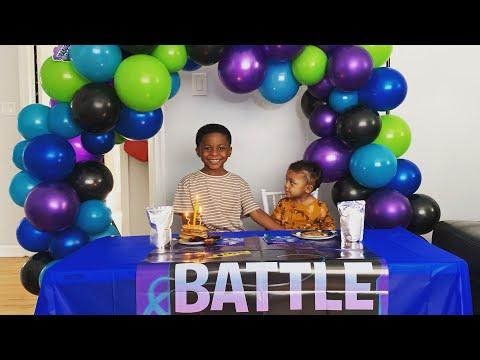 DIY Fortnite Party Decor   Balloon Garland Tutorial   DIY With KI