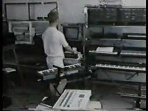 Vince Clarke in the studio 1985
