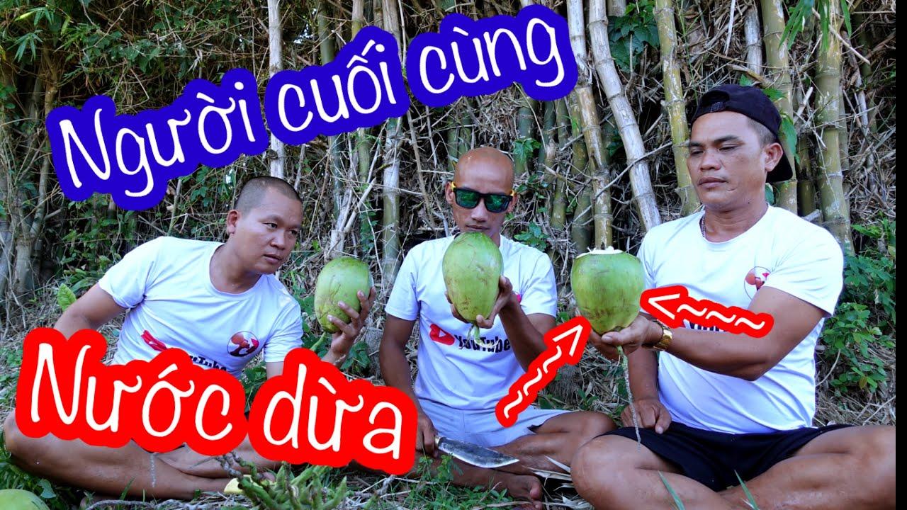 Người Cuối Cùng Uống Nước Dừa Sẽ Nhận Thưởng | Son Duoc Vlogs
