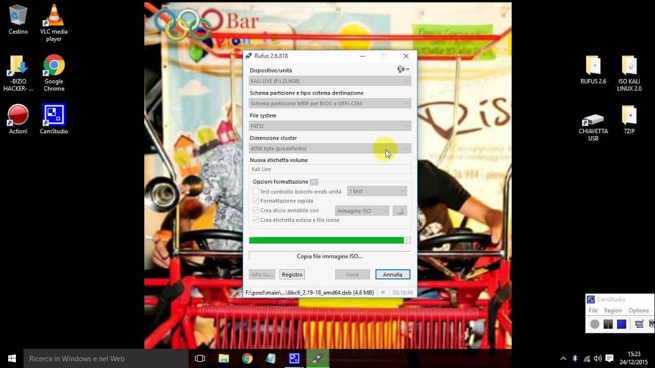 download linux su chiavetta usb