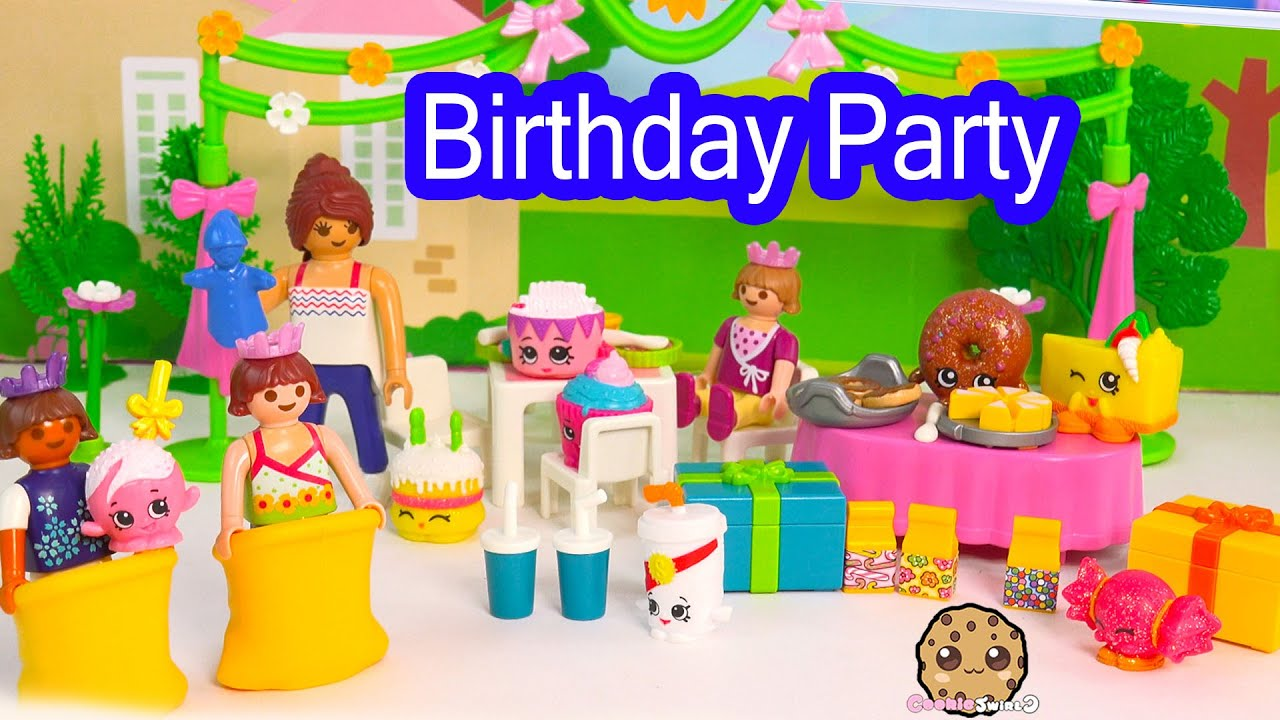 Playmobil children 39 s happy birthday party playset with for Happy playsets
