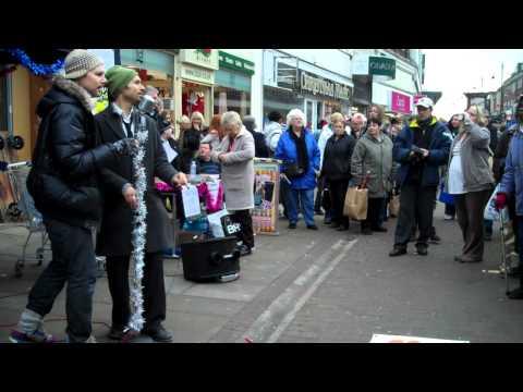 The Dualers - 'Beautiful Stranger' - Last Romford Busk