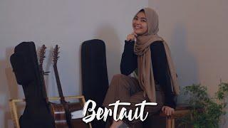 Download Nadin Amizah - Bertaut (Cover by Anggun Putri)