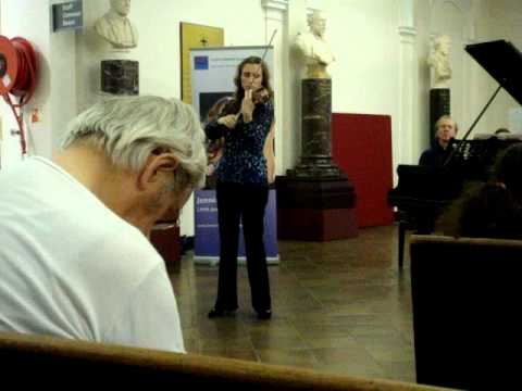 Jennifer Pike plays 'The Lark Ascending' by Ralph Vaughan Williams