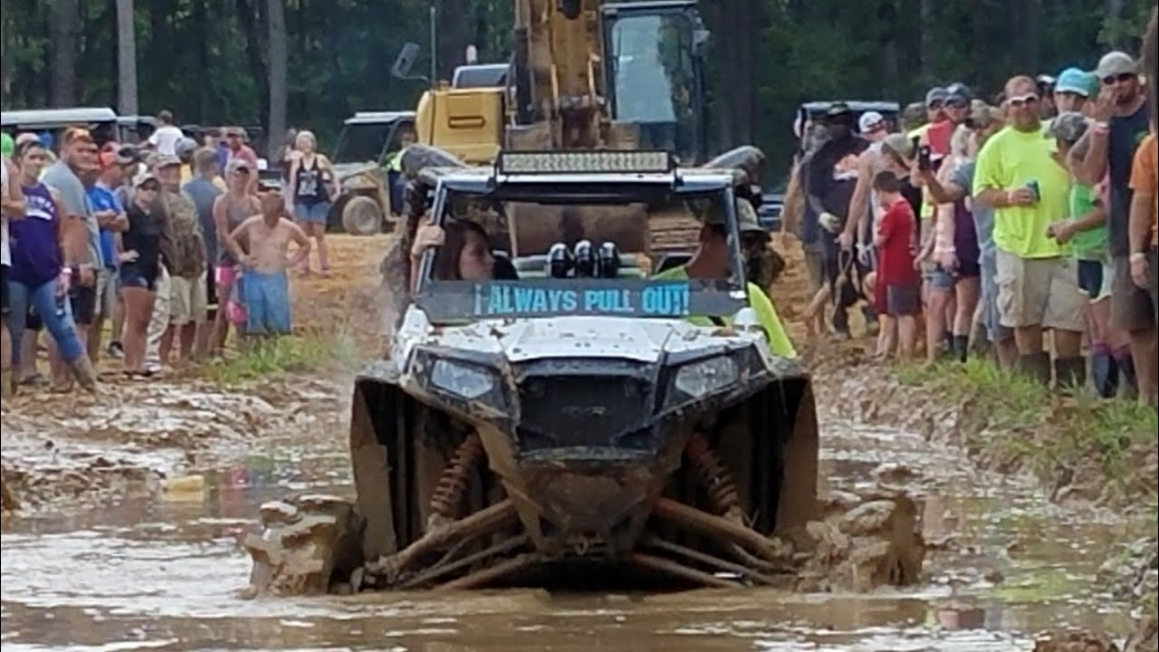 Muddy Bottoms Mud Stock 2017 - Bounty Hole Competition