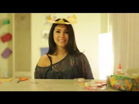 how to make a paper tricorn hat