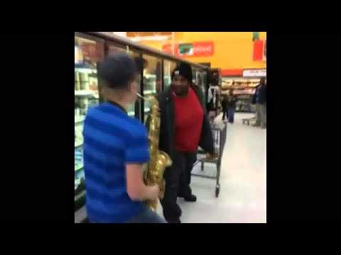 Following Fat People with Horn Prank
