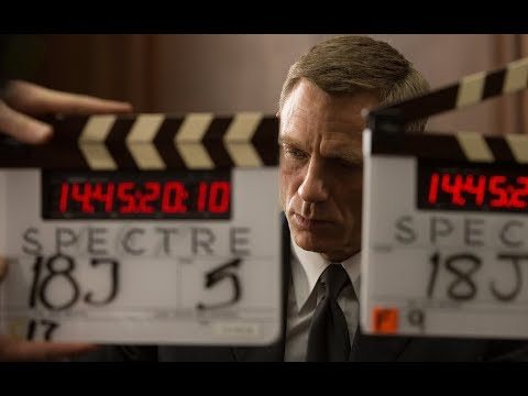 HOW TO USE A CLAPPER BOARD