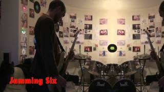 Jamming Six - Seven Nation Army (The White Stripes song) (15/11/2011)