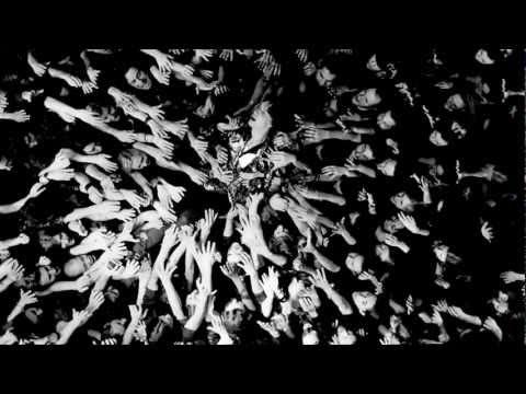 Клип Julian Casablancas - I Like The Night