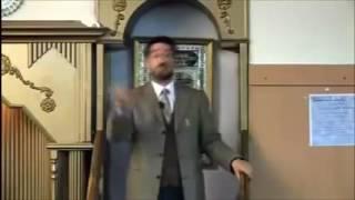 الزنديق عدنان ابراهيم يقول لا يوجد آية في القرأن تثبت أن الملائكة تؤمن بالله فجاءه الرد القاصف