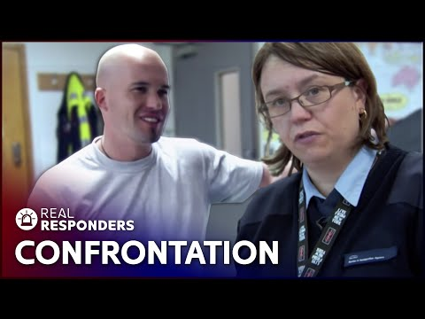 Frustrated First Time Traveller Threatens Officers | UK Border Force | Real Responders