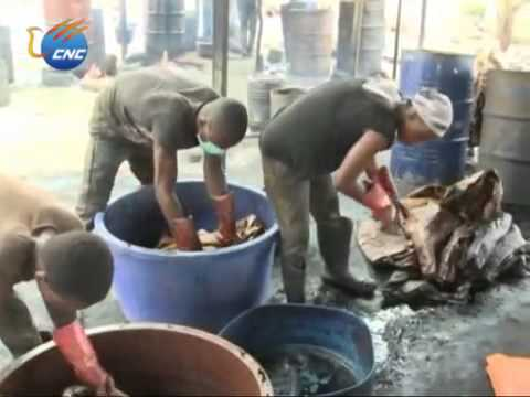 Ghana's Traditional Fabric Dyeing