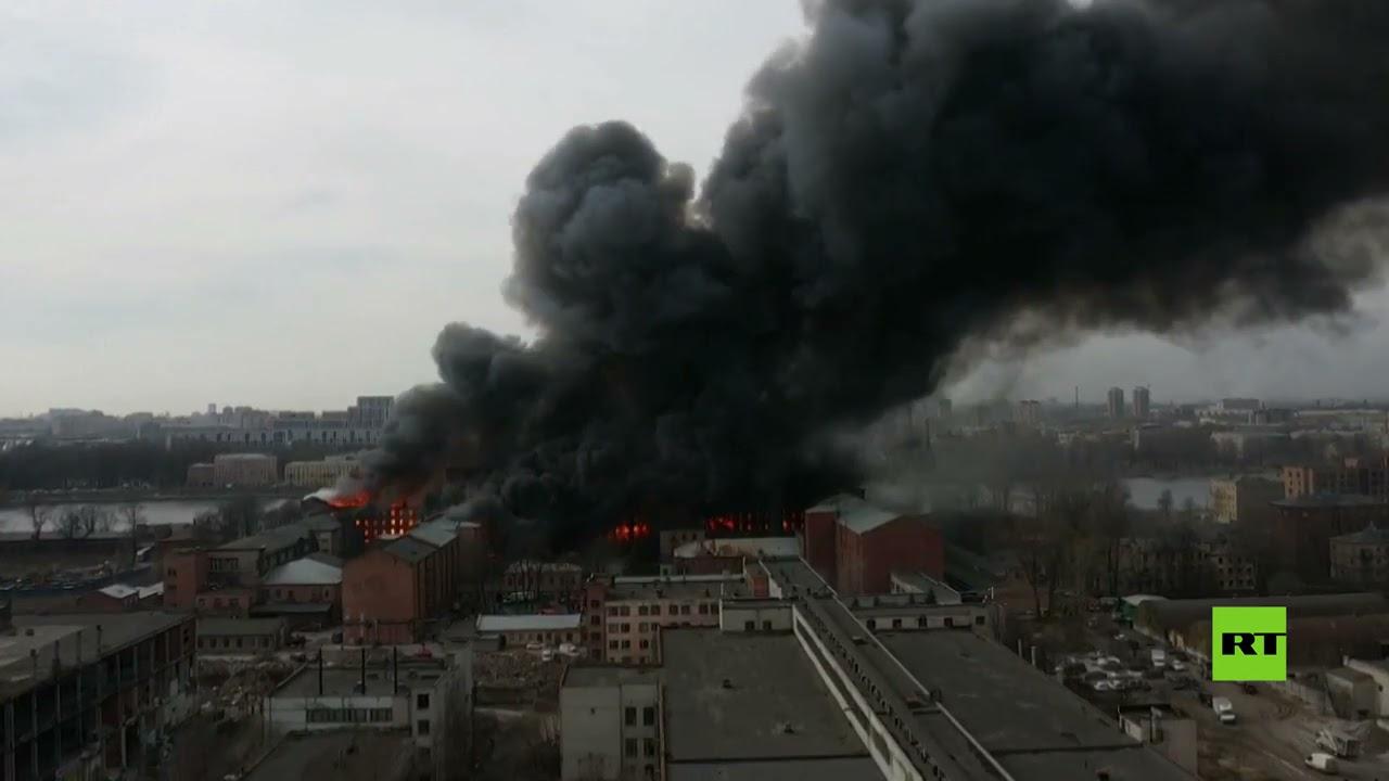 مروحيتان عسكريتان تخمدان حريقا ضخما في مصنع تاريخي بروسيا  - نشر قبل 3 ساعة