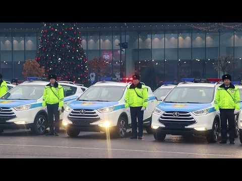 Шымкенстким полицейским вручили новые автомобили
