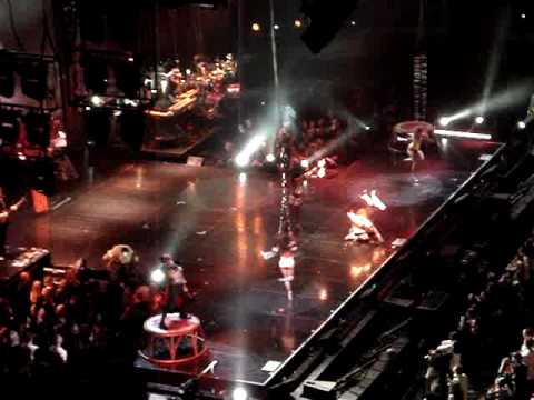 Christina Aguilera - Enter the Circus & Welcome- Sydney Tour
