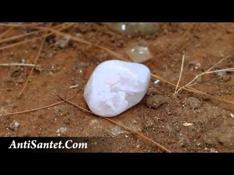 Batu Penangkal Santet Dengan Kristal Anti Santet Karya Ki Sabrang Alam