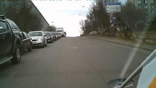 Дураки на дорогах.Мурманск. H. Solaris E053MM 51 RUS(Мурманский чайник) Купил машину,а зачем нужны зеркала в автошколе забыли рассказать), 2012-05-17T10:57:07.000Z)