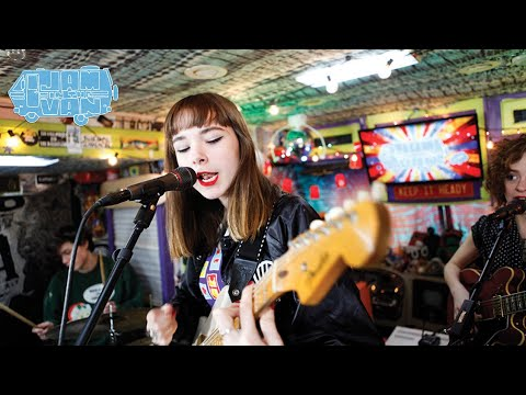 """THE REGRETTES - """"Seashore"""" (Live from JITV HQ in Los Angeles, CA 2017) #JAMINTHEVAN"""