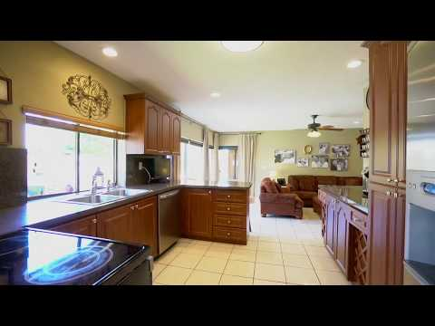 13731 SW 109th Street | Calusa Shores | Private Oasis