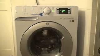 Programa Lã na Máquina de lavar roupa Indesit INNEX XWE 81283X WSSS