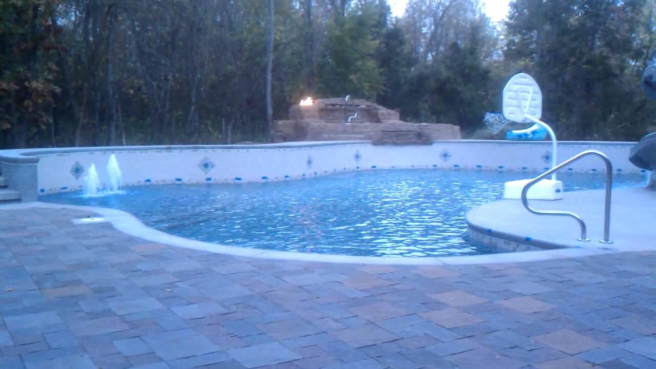 Springfield Missouri Gunite Swimming Pool Has Tanning Ledge Firebowls Boulder Spa And