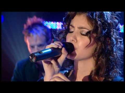 Katie Melua - Nine Million Bicycles - TOTP...