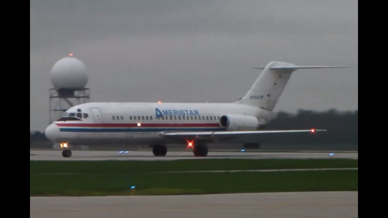 RARE: Ameristar DC-9-15 [N784TW] Landing In London Int'l