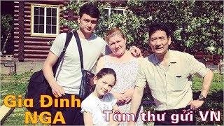 Cuộc sống bình dị và bức tâm thư người mẹ Nga của 'siêu phẩm thủ thành' Đặng Văn Lâm