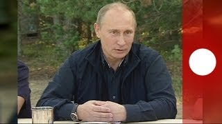 Putin blames Snowden's stateless situation on America