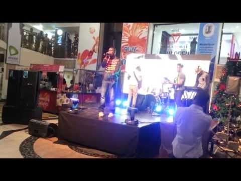 XL2LETTERS performs 'I AM' live at the Silverbird Galleria