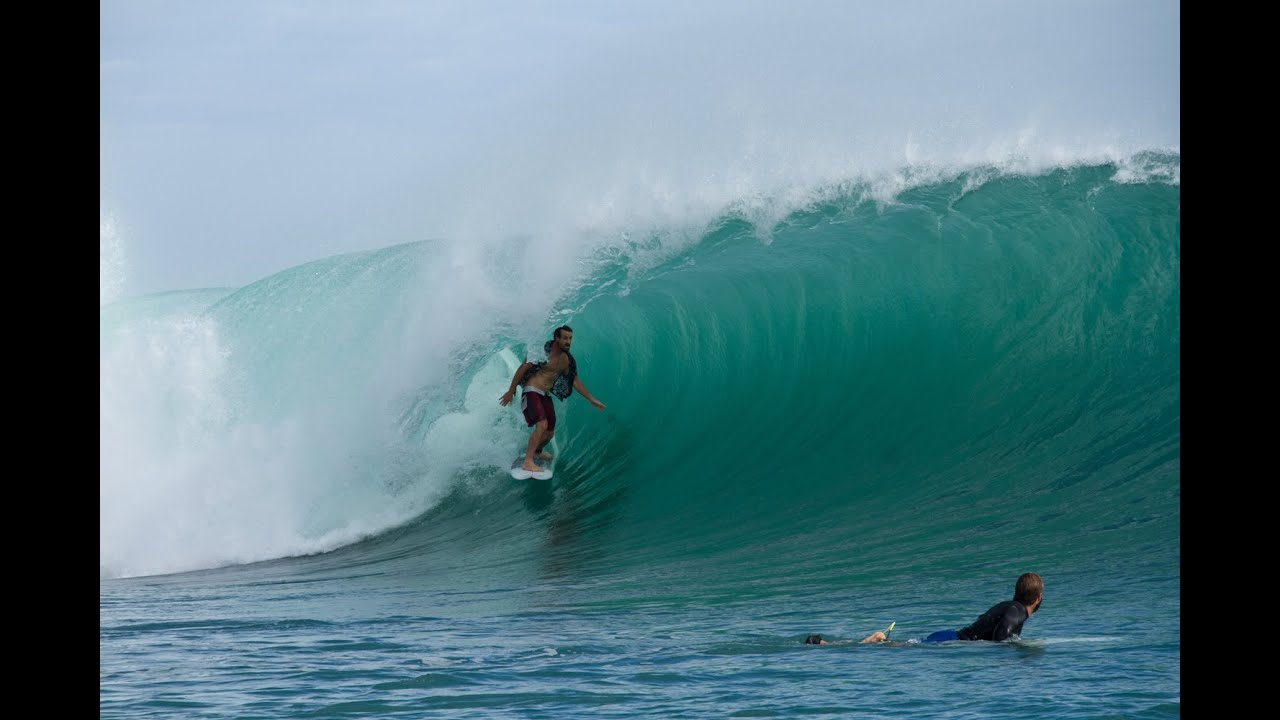 Wavy surf camp