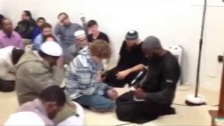 Мальчик из Америки стал мусульманином