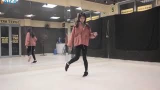 Học nhảy Shuffle Dance cùng Yến Cua I Kỹ thuật the V và Wiggle