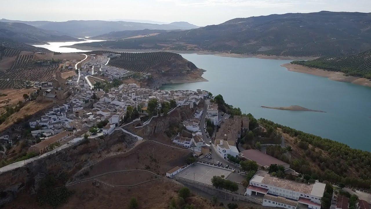 Iznájar: la vida alrededor del mayor pantano de Andalucía