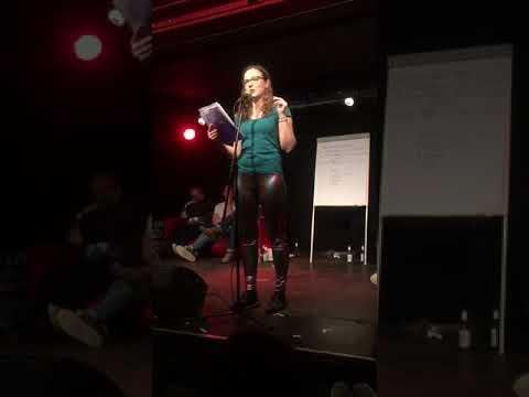 Unfreiwillige Jungfräulichkeit - dieses Poetry Slam Video ging viral