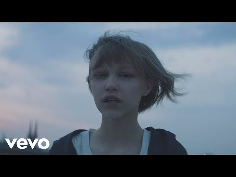 Grace VanderWaal  Moonlight
