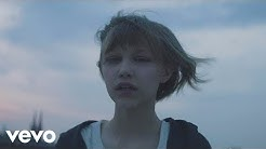 Grace VanderWaal - Moonlight (Official Music Video)