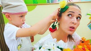 Vlad Pretend play Flower shop Surprise for mom